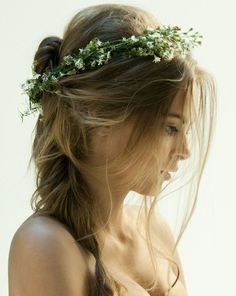 Romantic French braid ponytail - good idea for Wedding hairstyle with nice floral crown
