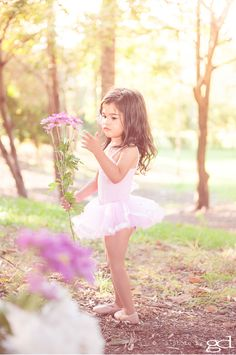 soft outddoor lighting, family photography, Little Ballerina © a photo by gd