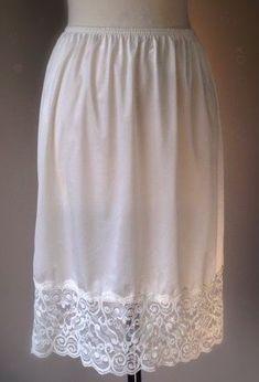 Vintage Lingerie, Sexy Lingerie, Slip Dresses, Plus Size Bra, White Slip, Ladies Slips, Crossdressers, Nightwear, Lace Shorts
