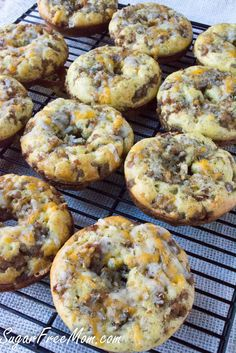 <em> Low Carb Cheddar Sausage Stuffed Bagels are a tasty and easy baked bagel that has no grains, no nuts, no gluten and is 100% perfection! </em> When it comes to breakfast, my family and I like hearty, filling and warm meals to start the day. Sometimes I can get them to have a smoothie for breakfast, but when it's a cold winter's morning, they want a hot meal. This year I've partnered with <em class=short_underline> Bob's Red</em>...