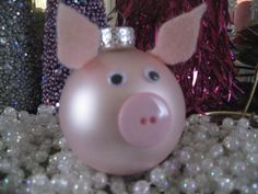 Pink Glass PIG Christmas ornament ADORABLE GIFT! BRAND NEW! OINK!