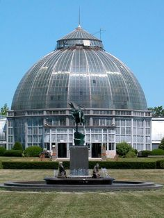 Whitcomb Conservatory & Levi L. Barbour Fountain (1936), by Marshall M. Fredericks, Belle Isle, Detroit, MI