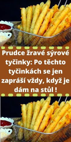 Savory Pastry, Czech Recipes, A Table, Carrots, Food And Drink, Bread, Baking, Vegetables, Sweet
