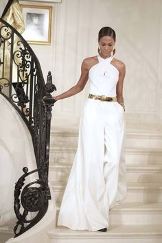The Fall-Winter fashion show by Ralph Lauren at New York Fashion . - Ralph Lauren& Fall-Winter Fashion Show at New York Fashion Week … - New York Fashion, Fashion Mode, Fashion Week, Fashion 2020, Look Fashion, Runway Fashion, Fall Fashion, Fashion Stores, Fashion Games