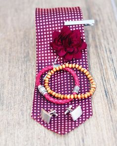 It's all about the details. These small accessories make a big difference to any formal or casual setup. Updates on our first Box coming soon. www.thecirclebox.com #watch#mensfashion#gentleman#swag#style#modern#dapper#men#bracelet#tie#suit#stuff#thingstowear#accessories#fashion#wiwt#fashionblogger#blog#southafrica#johannesburg#thecirclebox#happysocks#formal