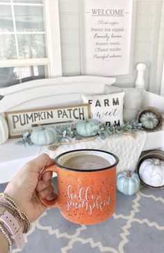 Pumpkin Campfire Coffee Mug I love fall and loving the fall decor on this porch and that hello pumpkin campfire mug!I love fall and loving the fall decor on this porch and that hello pumpkin campfire mug! Fall Home Decor, Autumn Home, Fall Apartment Decor, Fall Bedroom Decor, Autumn Garden, Autumn Fall, Décoration Harry Potter, Decoration Christmas, Fall Porch Decorations