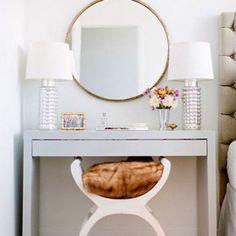 Dreaming of spendy vintage vanities? Create your own DIY vanity with these tips