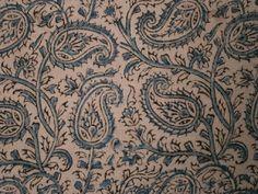 TG interiors: Blue and White. Kalamkari Fabric, Kalamkari Painting, Kalamkari Designs, Indian Folk Art, Pretty Patterns, Fabric Wallpaper, Tiffany Blue, Blue And White, Tapestry