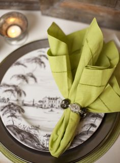 COLOR at Home ♦ Live Beautifully Entertain Stylishly Give Generously Country Estate, Country Life, Beautiful Table Settings, Place Settings, Flatware, Napkins, Parties, China, Entertaining