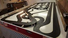 Ho Slot Cars, Slot Car Racing, Slot Car Tracks, Race Car Sets, Bike Shed, Go Kart, Car Stuff, Toys For Boys, Carrera