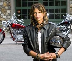 Young Steven Tyler of Aerosmith Scooter Custom, Honda Ruckus, Custom Cafe Racer, Motor Scooters, Scooter Girl, Steven Tyler, Aerosmith, Rock And Roll, Bomber Jacket