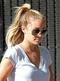 Hair | Hair I Like | Up Do | Ponytail | Sunglasses | Lauren Conrad