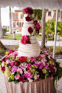 This pink floral wedding cake is unreal! | NK Weddings