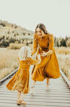never stop playing, laughing, smiling and enjoying the great outdoors. the La La - Mama Style, Mother Daughter Fashion, Mom Daughter, Modest Dresses, Modest Outfits, Ladies Dresses, Modest Clothing, Womens Fashion Online, Latest Fashion For Women, Tween Fashion