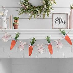 Easter Bunnies and Carrots Banner #mantel #easter #decor Easter Banner, Easter Garland, Easter Wreaths, Bunny Crafts, Easter Crafts For Kids, Easter Gift, Easter Ideas, Easter Party, Spring Crafts