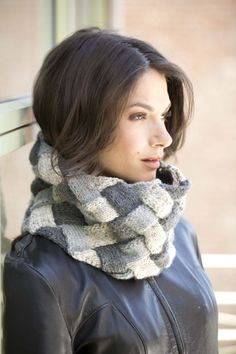 Entrelac Cowl Knit Experienced Level 5