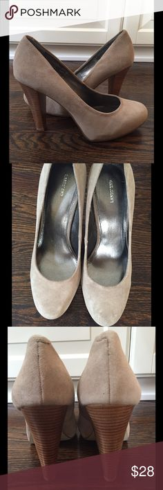 """BRAND NEW Lands' End Heels- NEVER WORN‼️ Lands' End classic suede heels; Round toe; 4"""" heel; Man-made upper; Size 9; No box; Slight scuff in suede on one toe which probably can be brushed out; BRAND NEW/NEVER WORN‼️ Lands' End Shoes Heels"""
