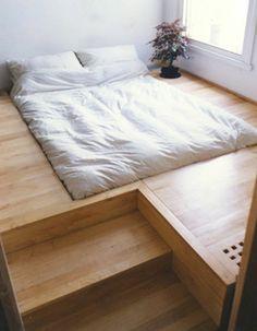 schlafzimmer ideen bett bettenarte eingebaut podest holz treppen
