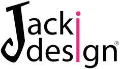 """Não é segredo para ninguém a mania das mulheres em comprarem centenas de esmaltes, batons, pós, sombras, pincéis e uma infinita quantidade de produtos que são capazes de deixá-las mais bonitas e seguras. É tanta coisa que é preciso organizar de forma adequada cada tipo de produto em seu devido lugar.  Foi pensando nessas consumidoras que nasceu em 2004 a """"Jacki Design""""."""