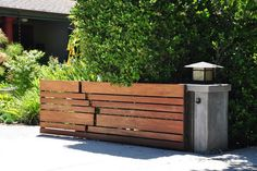 Exterior Photos Horizontal Fence Design Ideas, Pictures, Remodel, and Decor - page 12