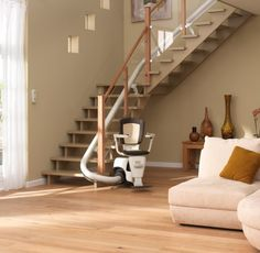 Amazing automated curved chair stair lift that you can use to travel between floors. Rustic Stairs, Oak Stairs, Wooden Stairs, House Stairs, Rustic Wood, Stair Lift, Stair Makeover, Wood Railing, Industrial Dining Chairs