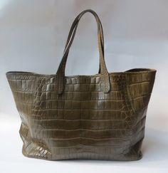 """Crocodile Handbag """"Como"""" www.atelierdoutremer.com"""