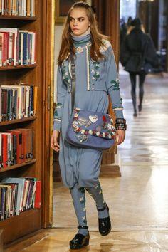 Модное вязание 2015 спицами: Chanel