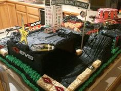 The Supercross cake by Sherri Breslin Cakes. Find her on Facebook.