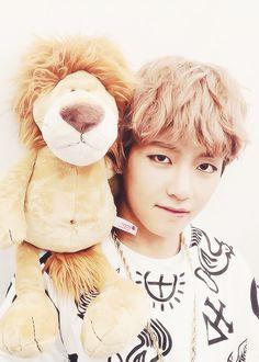 kim taehyung, cute, posing, lion, adorable