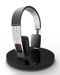 Porsche Design Headphones. ► https://www.facebook.com/Mr.DineshJaswal  Porsche, but somehow these do not relate to me.