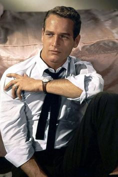 Paul Newman- You can find Beautiful men and more on our website. Image Beautiful, Most Beautiful Man, David Beckham Pictures, Hot Guys, Hot Men, Actrices Hollywood, Poses, Good Looking Men, Classic Hollywood