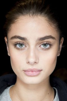 Taylor Hill | Backstage at Ralph Lauren Fall 2016 | Beauty | Makeup | Fresh Face | Strong Brow | Glow | Minimal | HarperandHarley