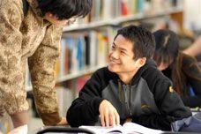 Comparte clases con estudiantes internacionales, ¿qué mejor manera de aprender?
