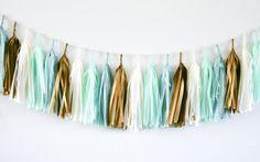 Guirlande de GOLDEN SEA tissu gland / / décor de par tasselandtwine