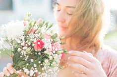 Olivia Poncelet Fashion Blog Birthday Outfit Style Pastel Sunset Flowers