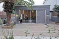 April and May| A family home in Israel                              var ultimaFecha = '5.8.14'