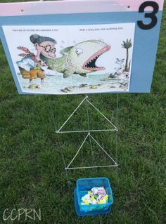 CCPRN recently incorporated a 'Book Walk' into our pre-summer picnics. So what exactly is a book walk? A book walk is a way to encourage children to be involved in a story. So here̵… Summer Reads 2016, Summer 2016, Library Lessons, Library Ideas, Library Boards, Library Inspiration, Library Activities, Group Activities, Summer Reading Program
