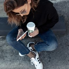 Blue jeans, black knitted sweater, fishnet socks and super star is always a good idea. SAMIVIDA-OK-BUT-FIRST-STARBUCKS-COFFEE-ADIDAS-SUPER-STAR-FISHNET-SOCKS-03
