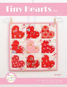 Valentine's Day Heart Quilt Pattern: 'Tiny Hearts' by Nadra Ridgeway of ellis & higgs Small Quilts, Mini Quilts, Baby Quilts, Heart Quilt Pattern, Quilt Patterns, Diy Craft Projects, Quilting Rulers, Miniature Quilts, Thing 1
