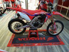 RedMoto CRF450 available @mxacademy #enduro #redmoto #crf450 #mxacademy Motocross Shop, Honda, Motorcycle, Vehicles, Red, Shopping, Motorcycles, Car, Motorbikes