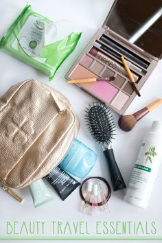 Ad: Travel Beauty Essentials & Packing List with Simple #TestTheWaters / hellorigby seattle beauty and fashion blog