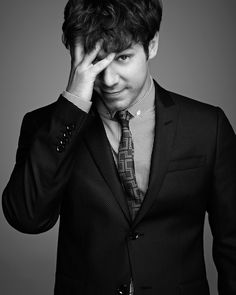 John Gallagher Jr-the newsroom adorable.  Liz & Andrew: For Jim Harper Ashley & Zoe: Against Jim Harper