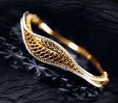 Exclusive Limited, Unique Edition Jewellery by Tanishq Diamond Bracelets, Diamond Jewelry, Bangle Bracelets, Gold Jewelry, Jewelery, Gold Earrings, Gold Ring Designs, Gold Bangles Design, Jewelry Design