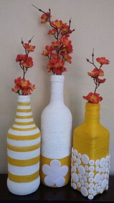 All of these wine bottle crafts provide a tons of techniques to reuse and re-invent this daily merchandise. Wine Bottle Art, Plastic Bottle Crafts, Painted Wine Bottles, Diy Bottle, Wine Bottle Crafts, Diy With Glass Bottles, Diy Crafts Hacks, Diy Home Crafts, Jar Crafts