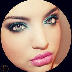 I LOVE teal! This looks makes her eyes pop! Would be really pretty for spring or summer :D