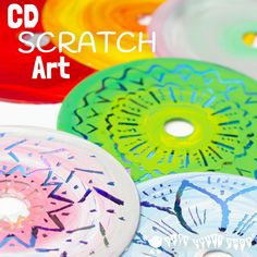 CD SCRATCH ART - Kids can have loads of fun with old CDs making vibrant Colourful CD Scratch Art. It's a fabulous recycled craft and process art opportunity for kids of all ages. art for kids CD SCRATCH ART Kratz Kunst, Decoration Creche, Recycled Art Projects, Recycled Crafts For Kids, Art Projects For Teens, Children Art Projects, Kids Craft Projects, Crafts With Cds, Recycling Projects For Kids