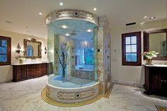 Glamorous touches in the bathroom