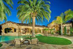 Rancho Sante Fe California, Grand Roxbury