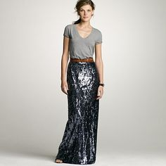 The glamour of a sequin maxi skirt met with a cotton t-shirt...so chic with an effortless and laid back look at the same time