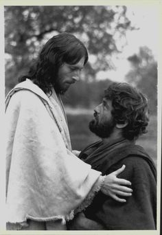 """Jesus of Nazareth""  Franco Zeffirelli - (1977)  Robert Powell (Jesus) and James Farentino (Simon Peter)"